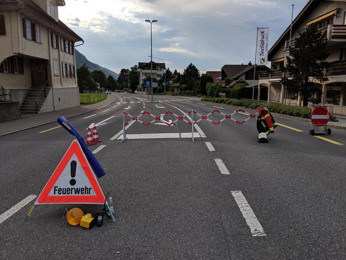Strassensperre nach Verkehrsunfall