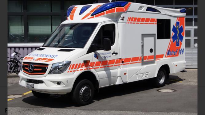 Fahrzeug Rettungsdienst Schwyz